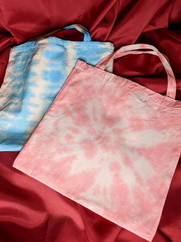 Kayleigh's Crafts: Tie-Dye Bags (on demand)