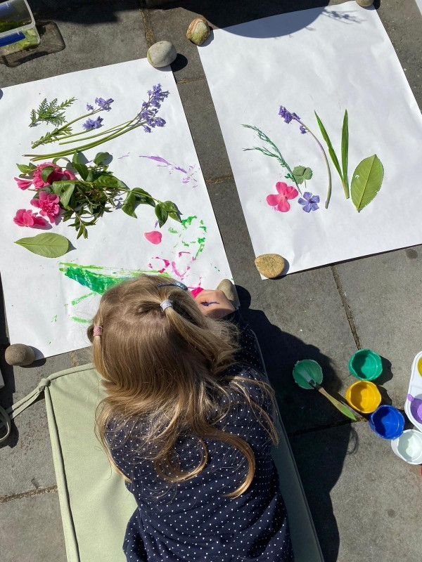 Our top outdoor creative activities for the whole family this week
